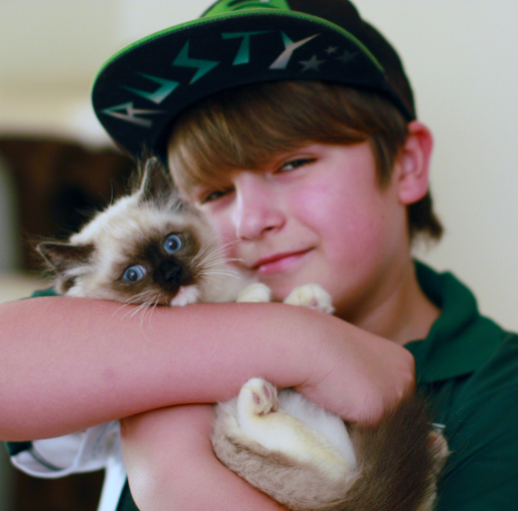 Jake and Daisy Seal Mitted
